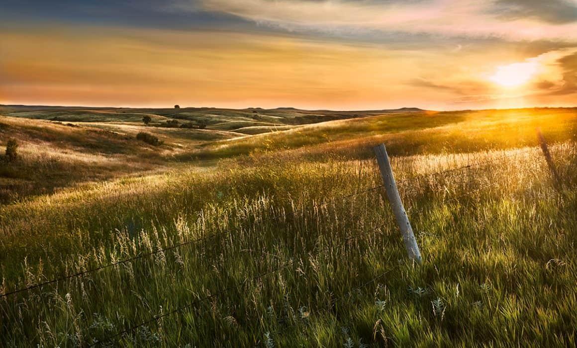Photograph of a prairie sunset near Mobridge South Dakota photographed by Sioux Falls based landscape photographer Paul Heckel.